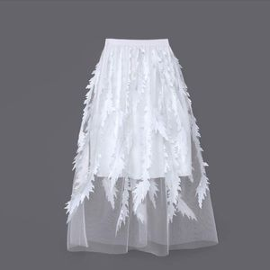 Exquisite embroidery appliqué tutu skirt tulle Med